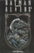 Batman Versus Aliens 2 - Edição Encadernada